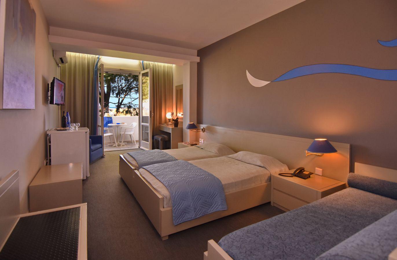 TRIPLE ROOMS
